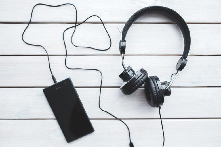 Casque d'écoute et Smartphone