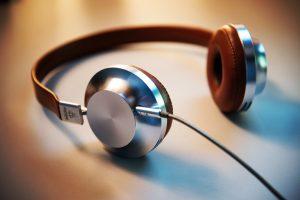 Casque audio playlist de juillet Squadata